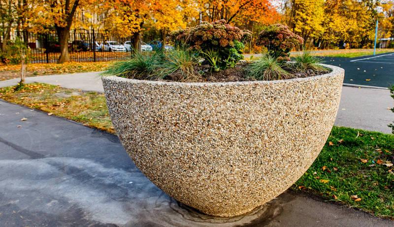 Вазоны из бетона купить в воронеже смеси бетонные бсг на обогащенном песке